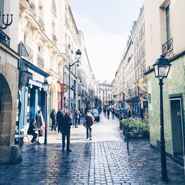 Paris beautiful places walk